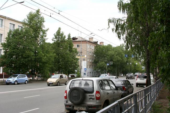 Комсомольский 73