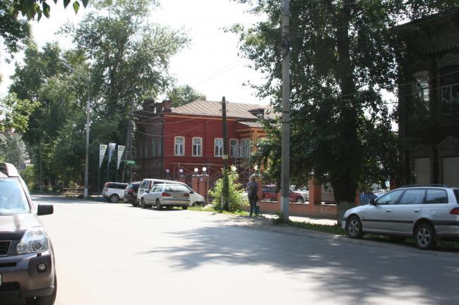 Татарская 37