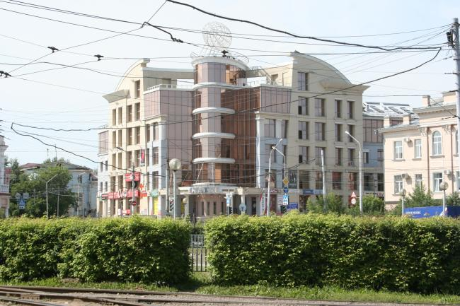 площадь Батенькова 2