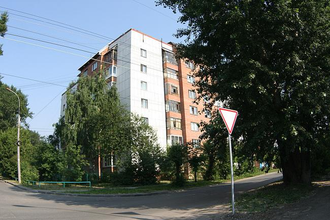 Алтайская 135, Олега Кошевого 58