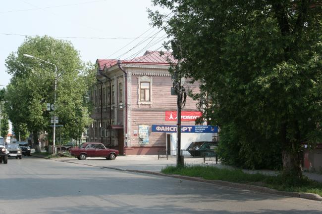 Гагарина 36