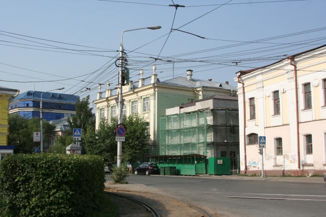 Гагарина 3