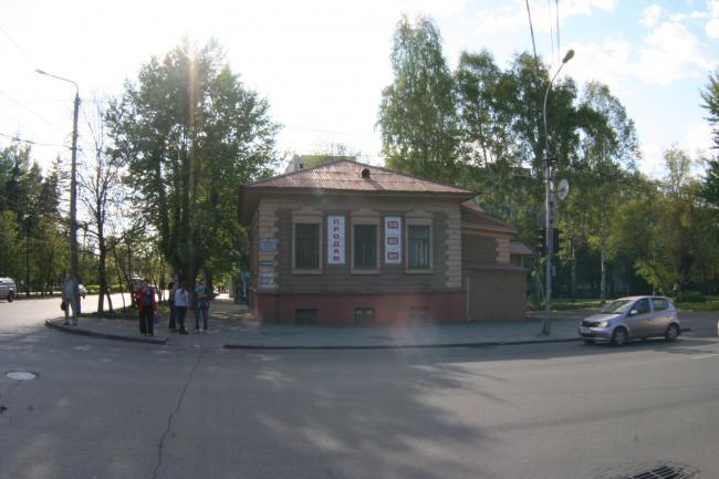 Красноармейская 85, Кирова 24