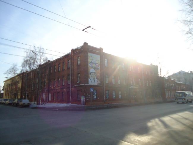 Ленина 181, Островского Николая 5