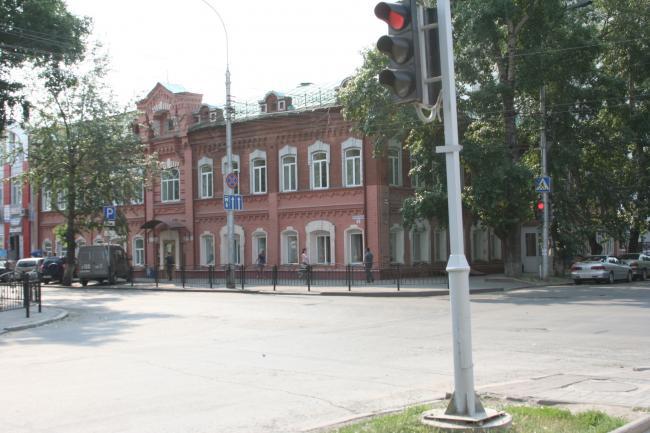 Гагарина 54, Фрунзе 5