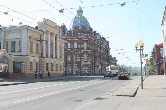 Фрунзе 1, Ленина 73