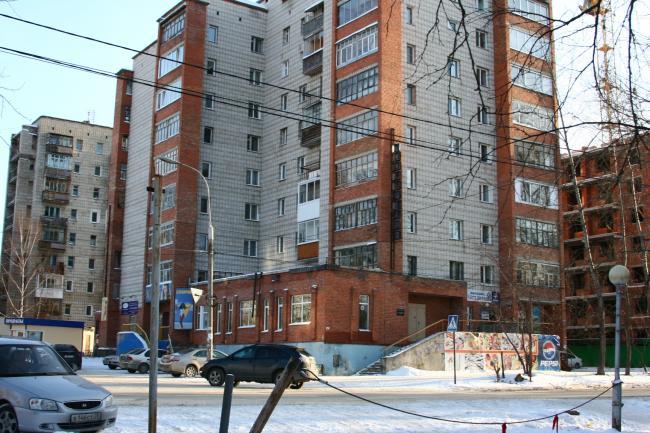 Советская 86, Пирогова 5