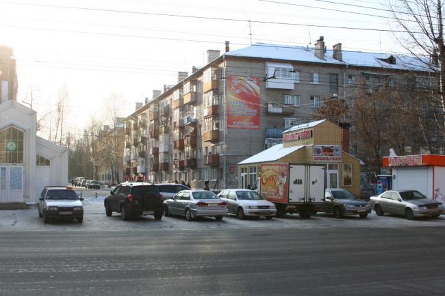 Вершинина 19, Кирова 17