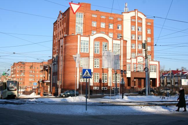 Кирова 10