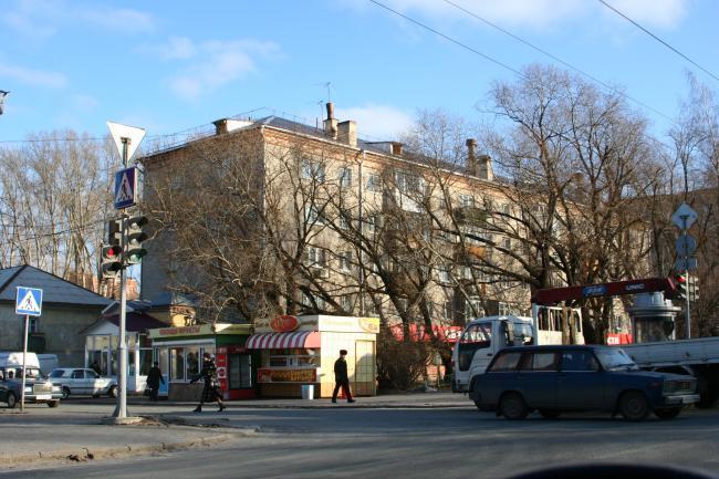 Нахимова 12