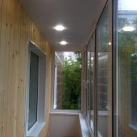 Остекление балкона профилем ПВХ , отделка вагонкой, потолок - ПВХ панель с проведением проводки. Наша работа
