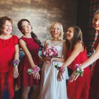 для мамочек и подружек были подготовлены браслеты в одной цветовой гамме