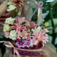 Корзина цветов - 900 руб.