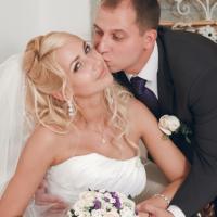 №118 Недавно ставшие счастливыми молодоженами Анастасия и Сергей!Желаем вам любви и счастья!
