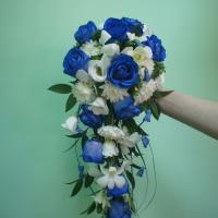 №49 Букет невесты: роза вендела, крашенная через стебель