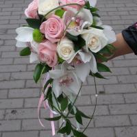 №60 Букет невесты из орхидеи, розы