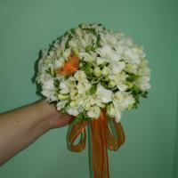 №71 Букет невесты из фрезии, очень вкусненько пахнет