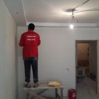 Комплексный ремонт квартиры по адресу ул. И. Черных. Устройство потолка в зале.