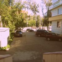 Парковка перед входом