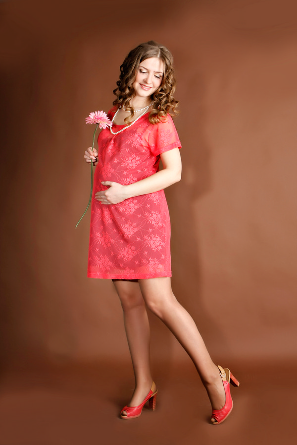 платье, производство Турция, рр M,  — цвет коралл,  цвет  гипюр на подкладе, цена 1980 руб.