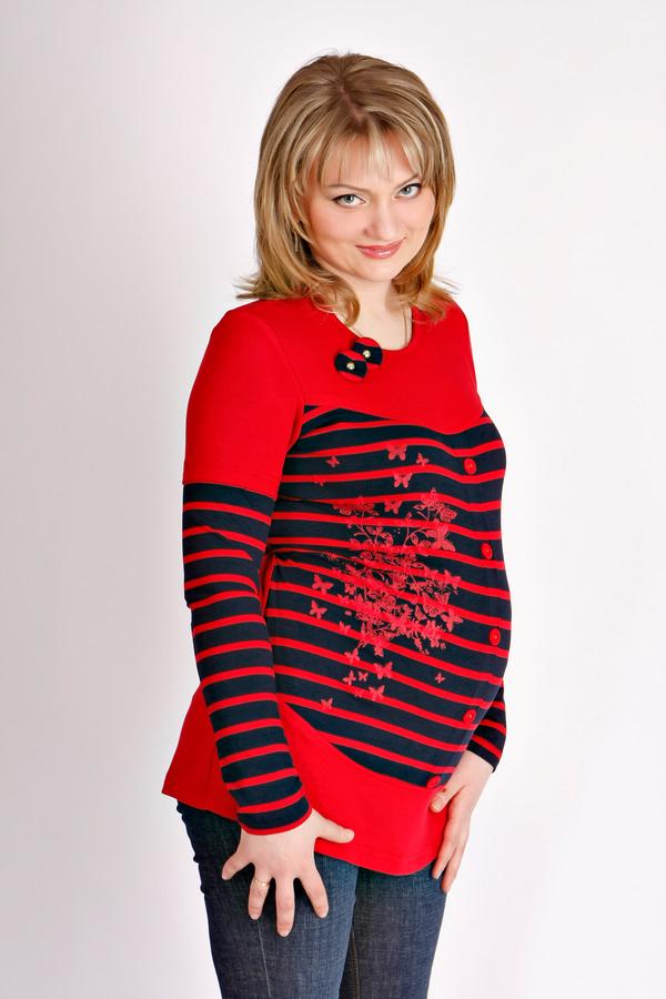 Пуловер трикотаж. Производство Турция. Размер L. Цена 1350 руб. Цвет красный