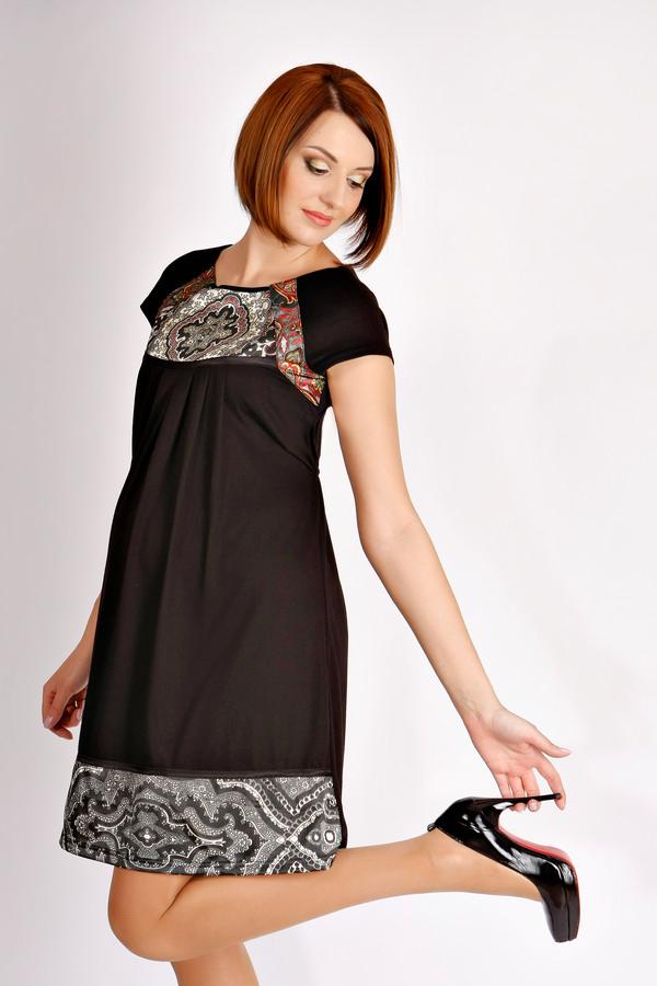 Платье производство Турция, рр S-44, M-46 Цена 2550 руб, цена со скидкой 1850 руб. Материал: трикотаж с атласными вставками. В продаже цвет красный